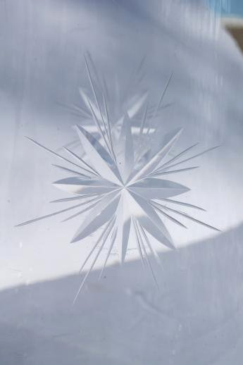 eight point wheel cut Bethlehem star pattern vintage glass pitcher Laurel Leaf Farm item no z