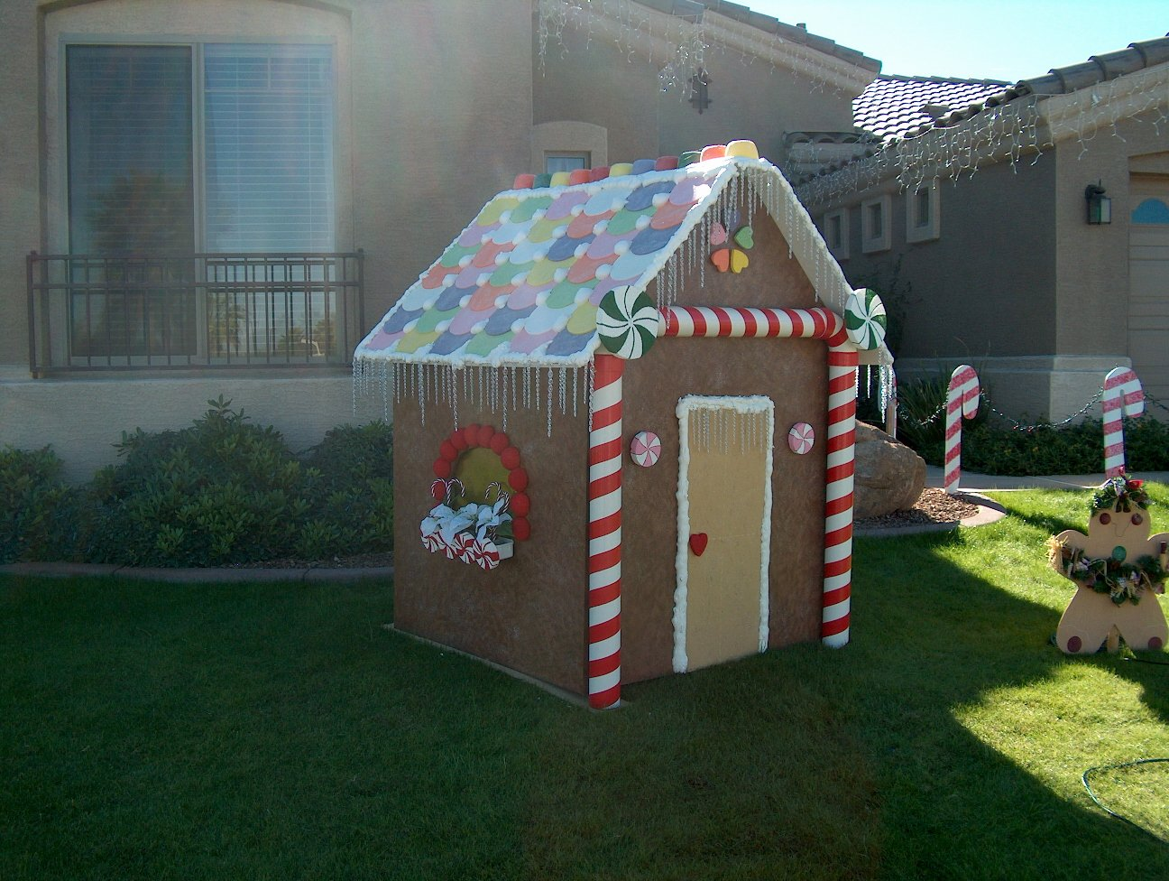 Cardboard Gingerbread House Best Of Tag Zombie