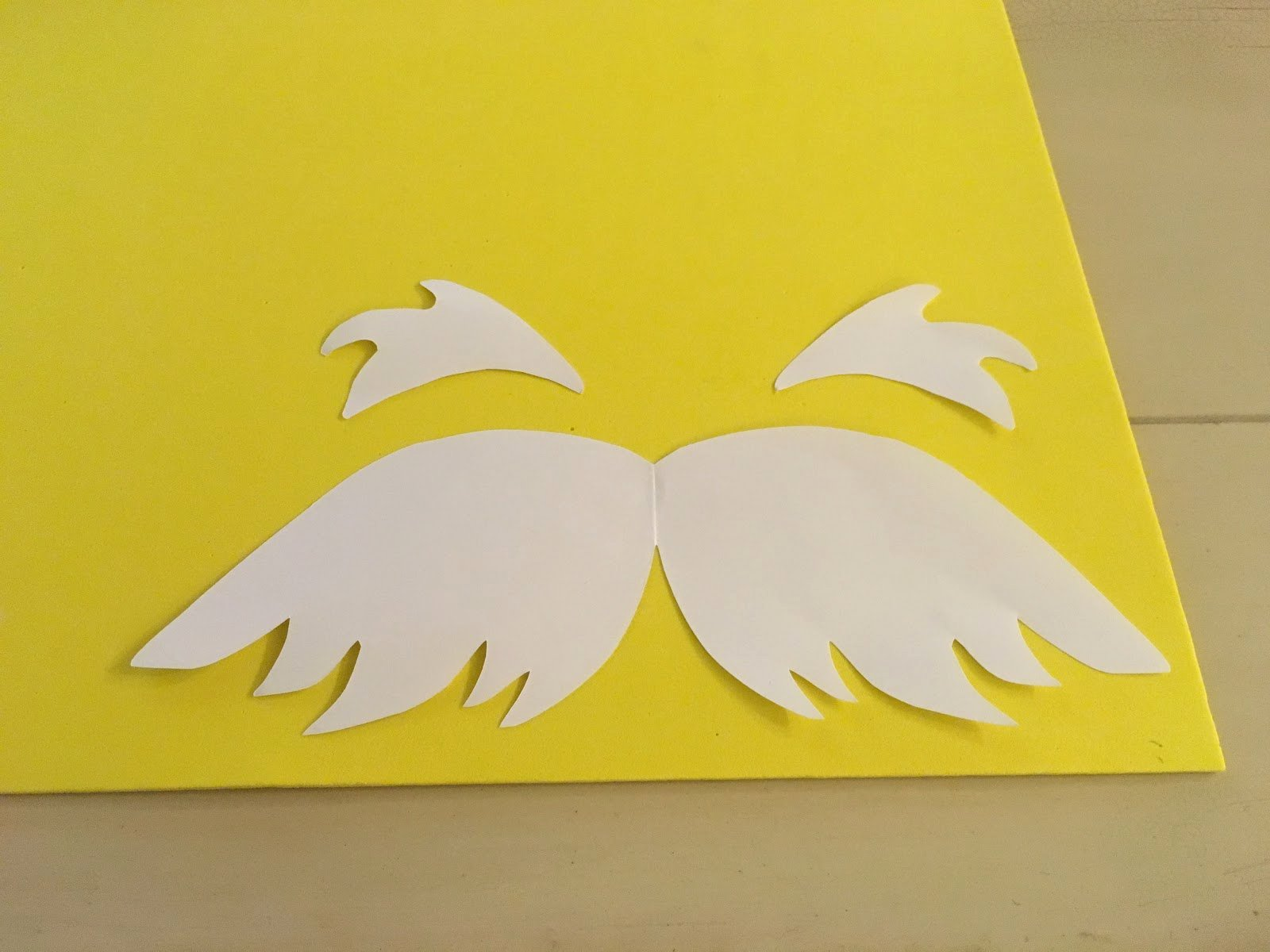 Lorax Mustache and Eyebrows Template Beautiful the Lowcountry Lady Super Simple Lorax Costume with