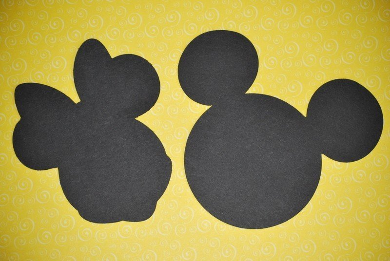 mickey and minnie mouse silhouette