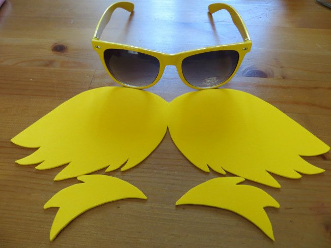 Printable Lorax Mustache and Eyebrows Awesome Diy Lorax Costume